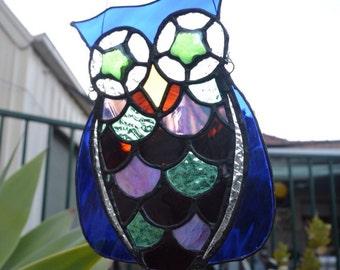 Owl hanging suncatcher.