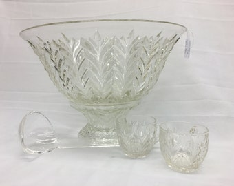 Early 1950's punch bowl set