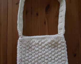 In wool white-cream shoulder bag
