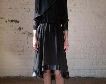 Womens Black Silk Beaded Bolero Jacket Size 6 US