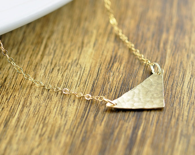 Delicate Triangle Necklace - Simple Necklace - Geometric Necklace - Personalized Necklace - Bridesmaid Necklace - Mothers Day Gift