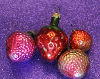 4 Strawberries Antique Christmas Ornaments Soviet Vintage Tree Decoration Ornament Silver Glass Set Berries