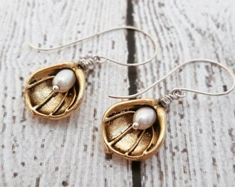 Golden Lily Flower Earrings, Freshwater Pearl Earrings, Gold Plated Lily Flowers, Gifts For Her, Birthday Jewelry, Birthstone Jewelry
