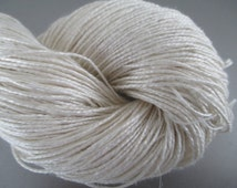 DK Silk Linen Undyed Yarn, 2 Ply Undyed Fingering Yarn, Sock Weight Bombyx Silk Linen Ivory Undyed Yarn Blank