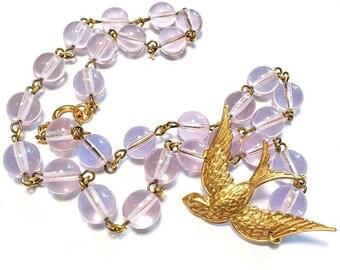 Bird Flight Necklace, Flying Bird Necklace, Bird Statement Necklace, Swallow Necklace, Sparrow Necklace, Bird Jewelry, Winged Bird Necklace