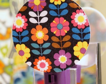 Retro Flower Garden Nightlight