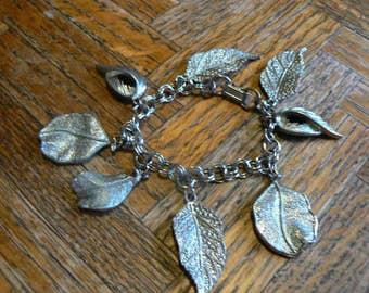 Metal feather charm bracelet
