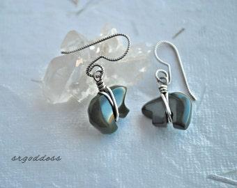 LITTLE BEARS all sterling silver and green jasper earrings by srgoddess