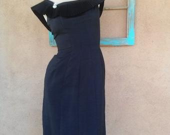 Vintage 1960s Dress Black Silk Suzy Perette 60s Wiggle Dress B34 W24 201611