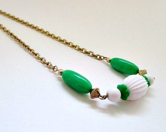 Green White Bead Vintage Necklace - Vintage 1975 Avon Come Summer Necklace Jewelry