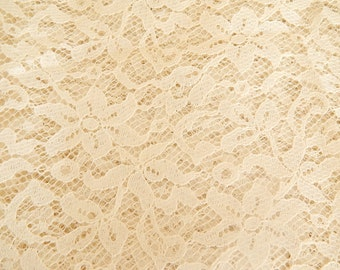 Ivory lace fabric, 20x 32 inches