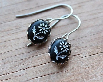 Daisy Earrings - Vintage Glass - Surgical Steel Earwires