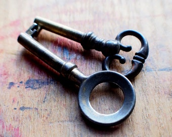Antique Brass Key Set - Ornate Brass Duo // Holiday PreSale - Save 10% - Coupon Code HOLIDAZE