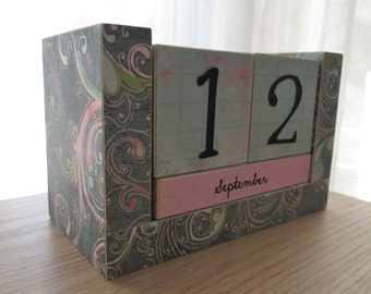 Perpetual Wooden Block Calendar, Desk Calendar, Artistic Swirls and Flourishes, Pink and Blue, Gifts for Mom, Gifts for Her, Gifts Under 20