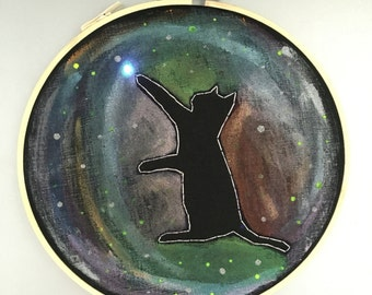 space kitty - hand drawn and embroidered wall hanging / hoop art with a flickering LED