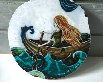 She never looked back, dreamer, ocean adventure, gifts for her, waves, soul search, one of a kind Mounted Print, round wood slice