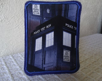 Dr Who Tardis Embroidered Iron On Patch Blue Police Box