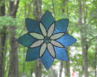 sTAINED GLASS  SUNCATCHER