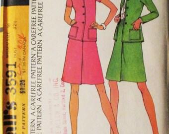 1970s Vintage McCalls Sewing Pattern 3591 Misses Suit Pattern Size 10 Uncut