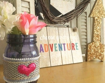 Valentine mason jars, Valentines day decor, valentines day gift, decorated mason jars, rustic valentine jar, shabby chic decor, farmhouse