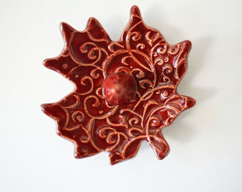 Deep Red Clay Ring Holder - Maple Leaf Shaped Ring Dish for jewelry - Handmade