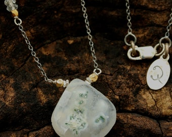Moss agate teardrop faceted pendant necklace and aquamarine on the side with oxidized silver chain