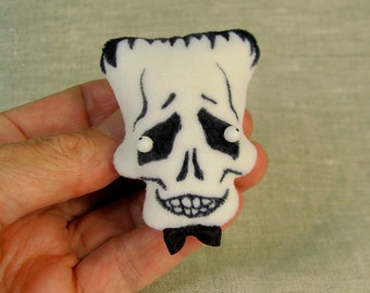 FrankenSkull Frankenstein Monster Brooch in Velvet