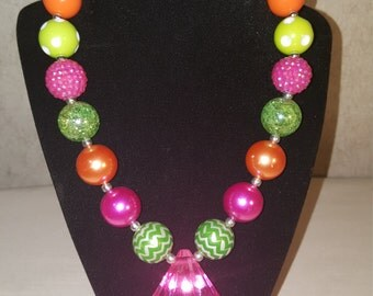 Chunky bead necklace pink and green necklace bubble gum necklace