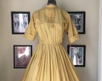On sale 1950s yellow shirtwaist 50s cotton day dress size medium Vintage asian print dress