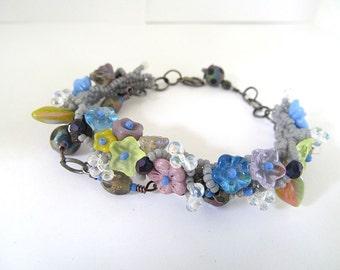 Beadwoven Flower Bracelet, Glass Bead Bracelet, Garden Bracelet, Nature Inspired Jewelry, Boho Chic, Wedding Bracelet, Beadwoven Bracelet