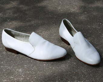 Wedding Shoes for Men 80s WHITE LEATHER Derby Vintage Groom Brogues Oxfords Luxurious Slip On Dress Shoes  sz US mens 10, Eur 44 , Uk 9.5
