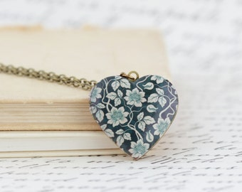 Heart Locket Pendant Necklace - Romantic Heart Locket - Vintage Floral Pattern Locket Pendant  - Gift For Her