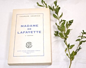 Vintage French Book - Madame de Lafayette - Please bring the fainting couch closer - Mon Dieu -
