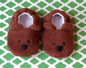 Brown bear baby booties, Newborn baby booties, Teddy bear baby shoes, Bear baby slippers, Soft soled booties, Animal baby shoes, Teddy bear