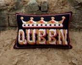 Queen Cross stitch kit - small