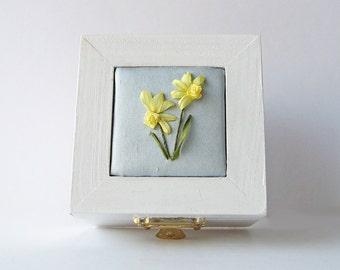 Daffodil wedding ring box, small jewelry box, March birthday gift, trinket box, spring wedding ring holder, ribbon embroidered daffodil,