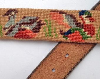 Needlepoint Belt Leather Belt with Ducks Size 40 80s Men's Belt