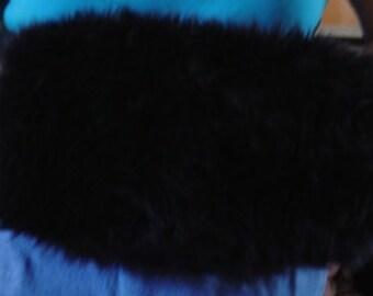 Black Faux Fur Bridal Muff, Winter Wedding Hand warmer,Luxury fur Wedding Muffs