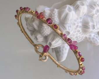 Pink Ruby Bangle, Gold Filled Sapphire Bracelet, Wire Wrapped Stacking, Fuchsia Gemstone, Hand Forged, Artist Made, Original Design, Small