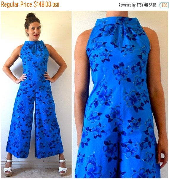 SUMMER SALE / 20% off Vintage 60s 70s Blue Hawaii Hibiscus Print Wide Legged Palazzo Pant Cotton Jumpsuit (size xs, small)