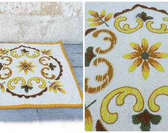 Vintage Tyrol Austria East Europe handmade folk embroidered pillow case / floral pattern / cotton on linen
