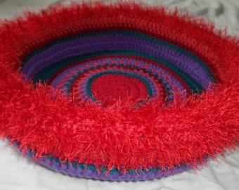 Tidus'  Hand Crocheted Cat Bed (no.1316)