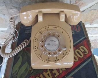 Vintage Rotary Dial Telephone -  ITT  Beige Desk Phone - 1970s - Free Shipping