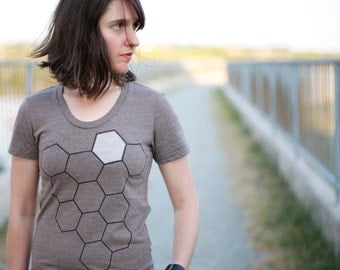 Beekeeper women's tshirt - graphic tee - beehive t shirt - geometric honeycomb print on heather brown - nature lover shirt - for her
