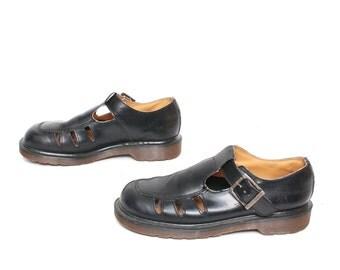 size 8.5 DOC MARTEN black leather 80s 90s BUCKLE t-strap mary jane platform boots