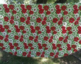 Large Oval Christmas Table Cloth with Poinsettias