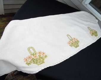 Vintage Ecru Linen Mantle or Piano Scarf with Embroidery Flower Baskets and Crochet Trim