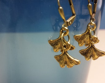 Fall Selected -- Ginkgo Leaves Antique Brass Lever Back Earrings, Dainty Everyday Earrings, Chic, Autumn, Nature, Woodland Jewelry