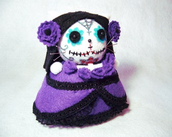 Purple Day of the Dead Cat, Cat pincushion, Dia De Los Muertos Cat, Sugar skull pincushion, Cat art doll, Cat gift, Gothic cat, MTO