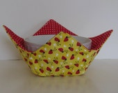 Microwave Fabric Bowl / Ladybugs on Yellow / Red Polka Dot / Food Warming Bowl / Ice Cream Bowl / Bridal Gift / Housewarming Gift